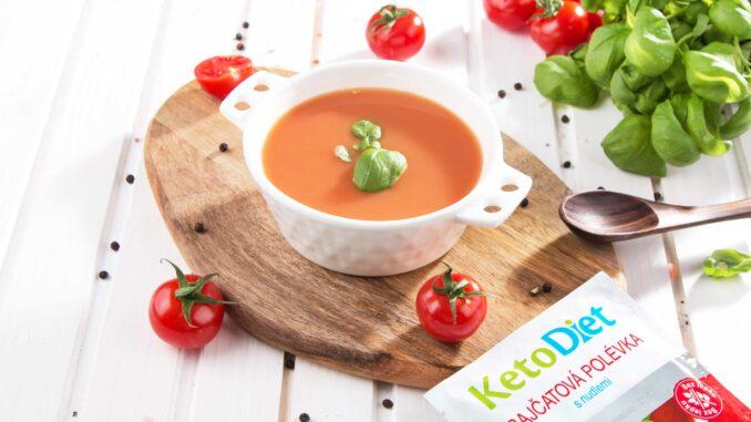 Keto dieta - rajčatová polévka