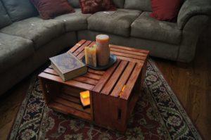 stůl z bedýnek